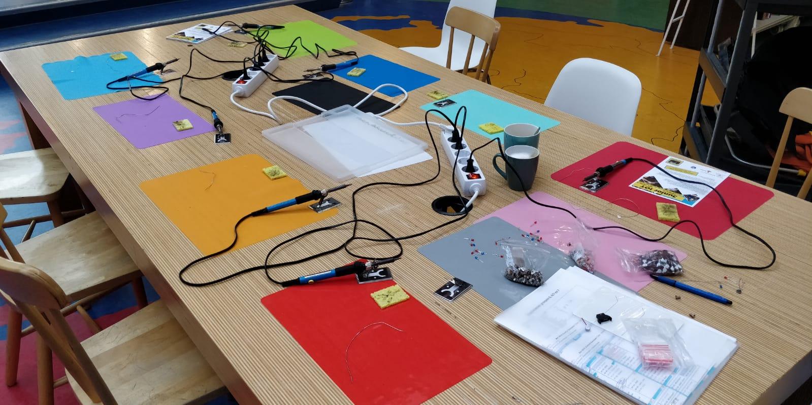 Shop – Werksets solderen en programmeren