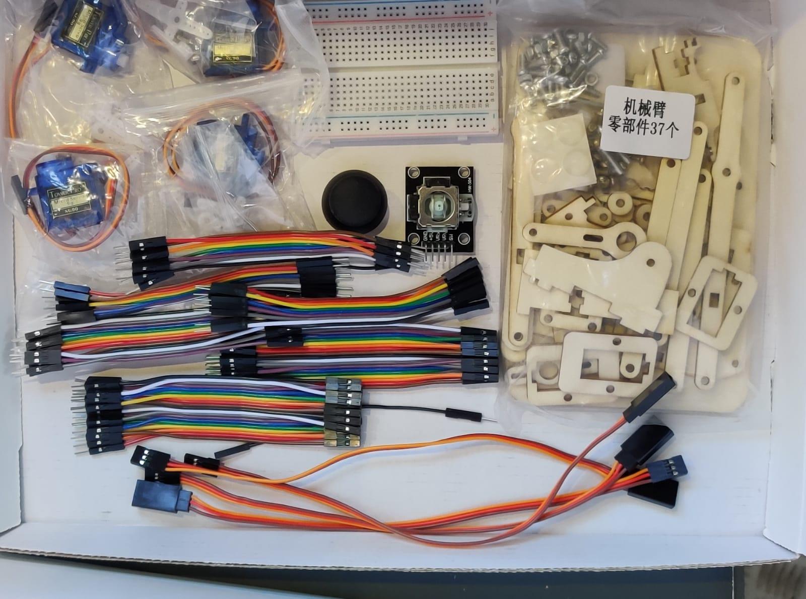 ChallengeLab – Arduino joystick robotarm