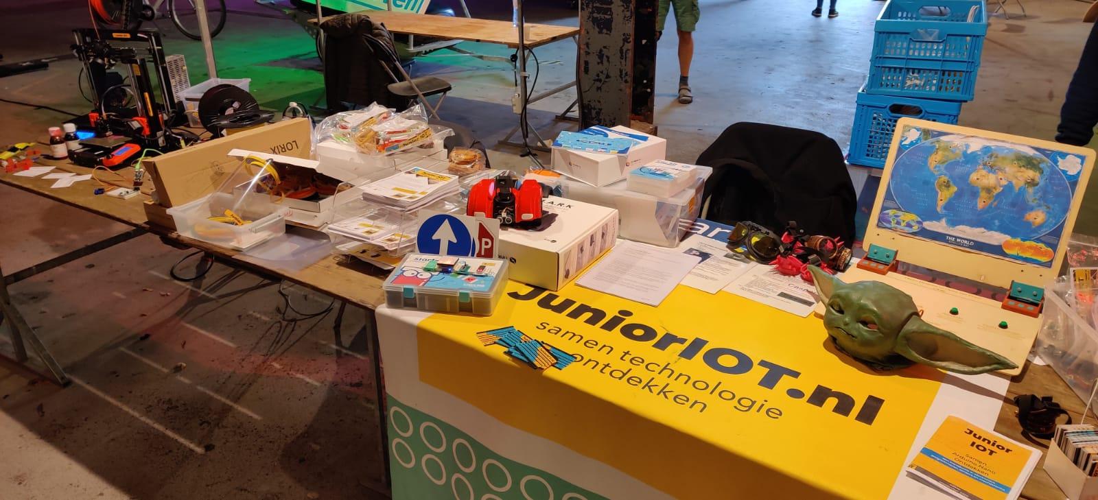 Stichting Junior IOT naar de Eindhoven Maker Faire 2020