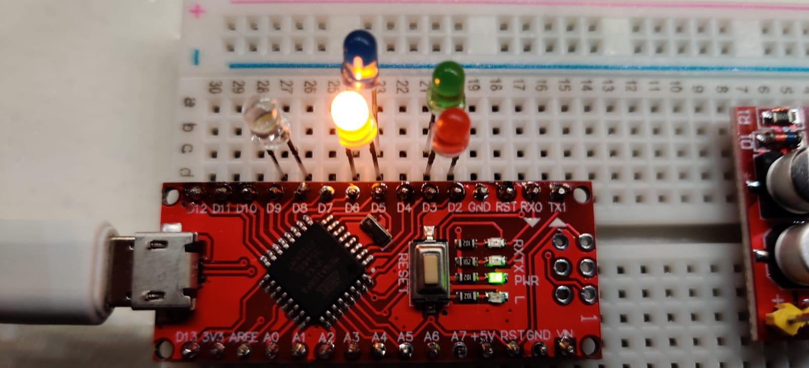 Lab – Blink dubbel Extreme – Arduino Nano programmeren