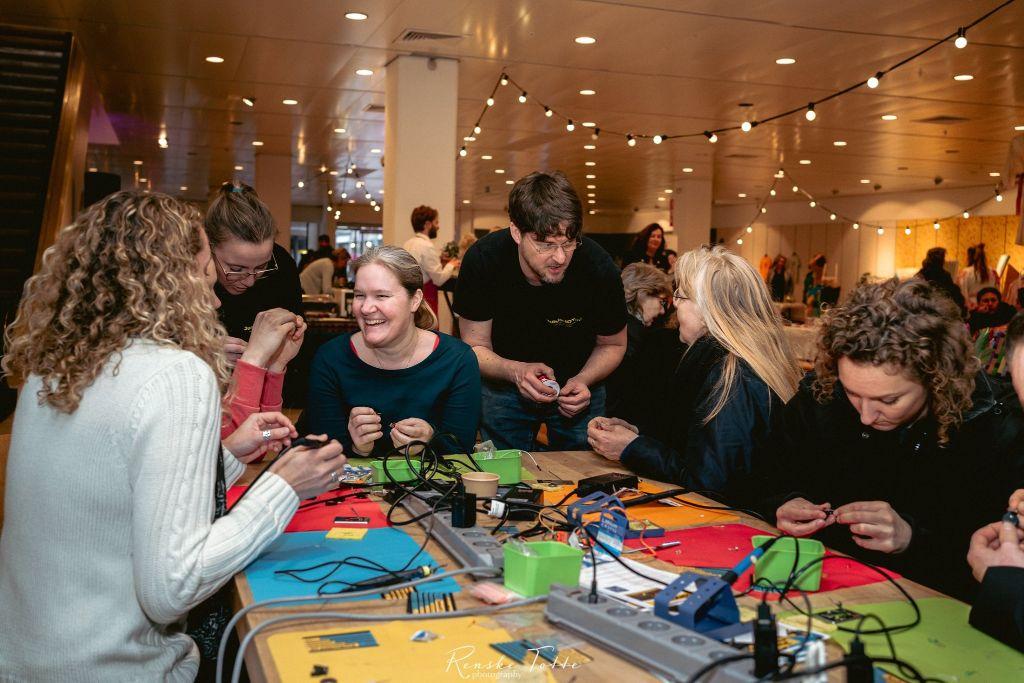 Junior IOT dames op Womanlink/Internationale vrouwendag zondag 8 maart 2020 (Alkmaars Dagblad)
